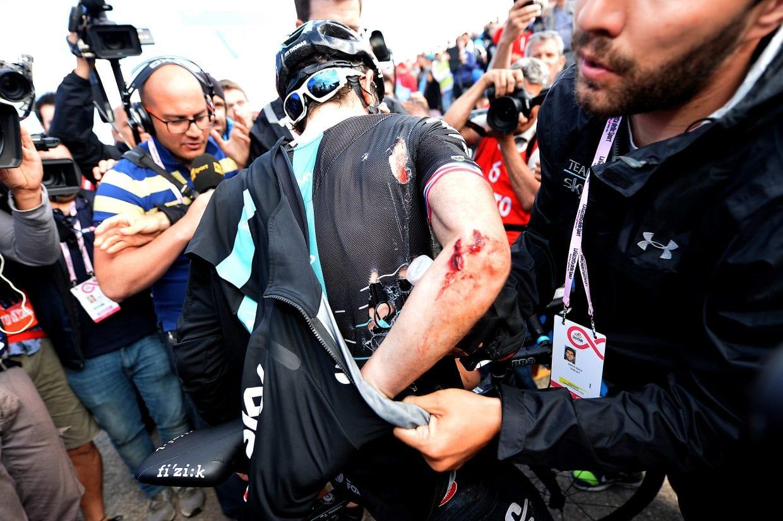 落車で擦過傷を負ったチーム・スカイのエース、ゲラント・トーマス(C)RSC Sport