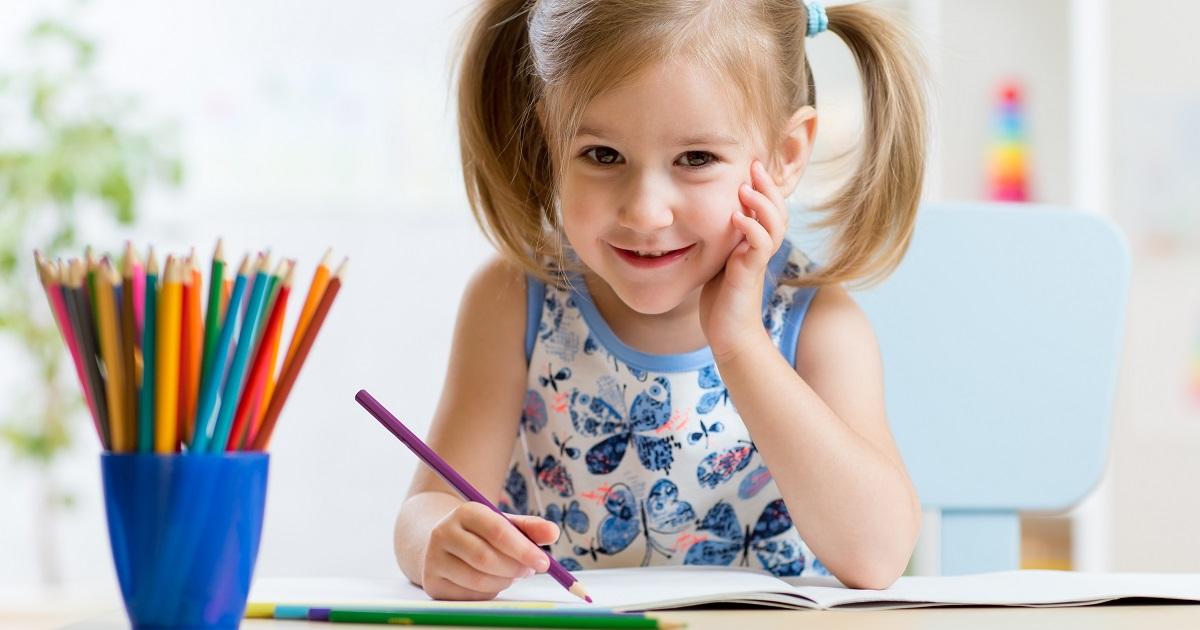 あなたのお子さんの年は移行期? 全面実施期? 3分でわかる「小学校英語教育」