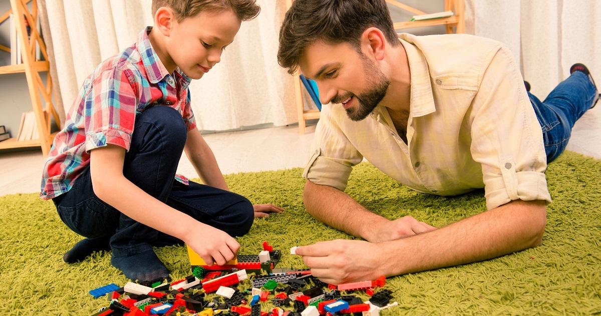 東大生の約7割がレゴで遊んでいた! 集中力が鍛えられる幼少期の「遊び」とは?