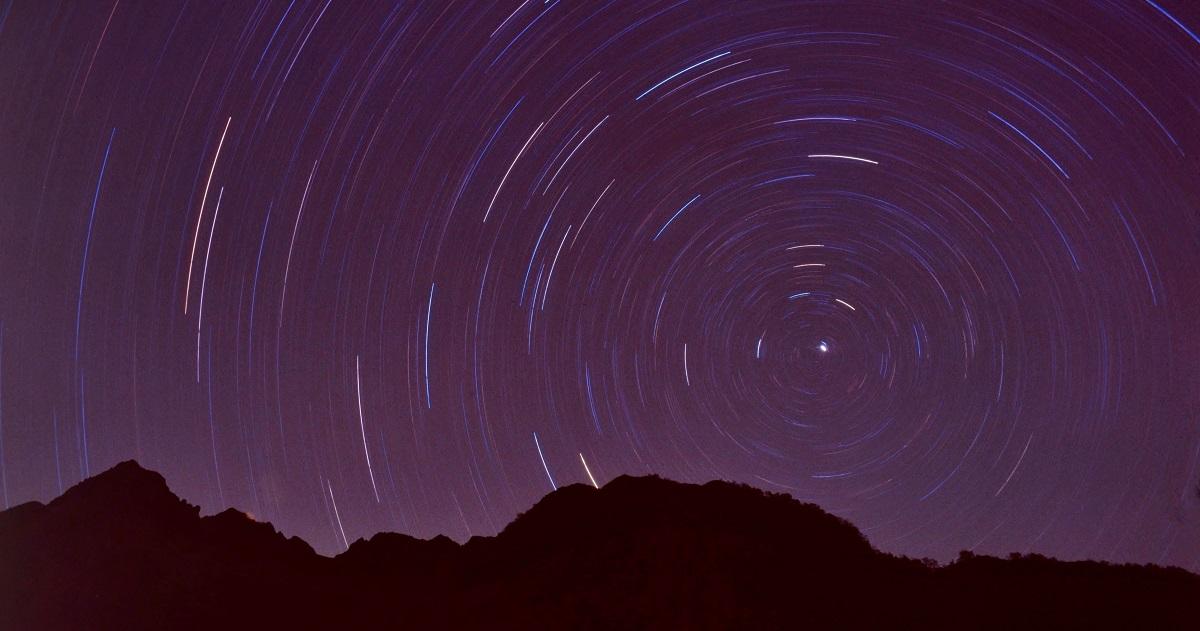知的好奇心を学びに! 小4理科「月と星」につながる5つの学習サポート