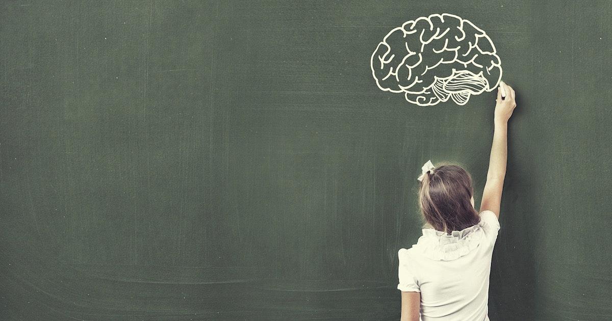 食事中にTVを観るのはNG!「脳を育てる」ために重要な5つの習慣