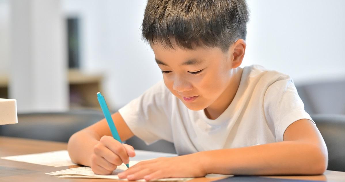 作文力を伸ばす! 子どもの自己肯定感をも高める親の言動とNGワード