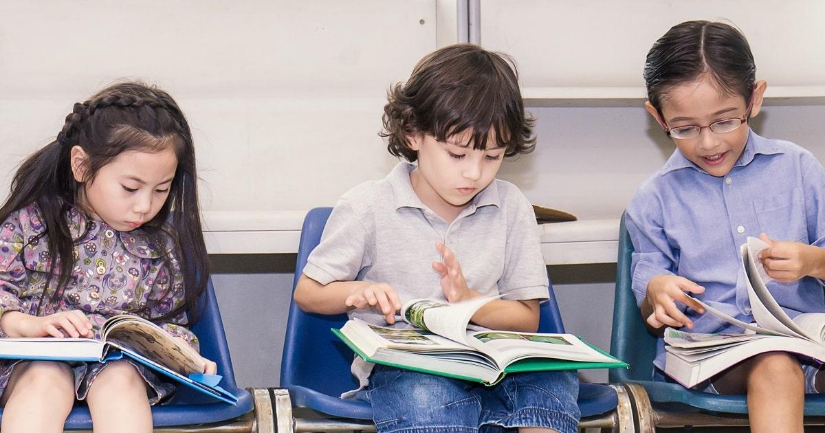 子どもが本好きになる本棚の作り方2