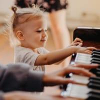 """音楽教育の3大メリットと、脳科学者が主張する """"脳力UP"""" の理由"""