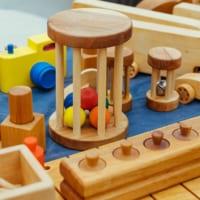 木のおもちゃの知育効果アイキャッチ