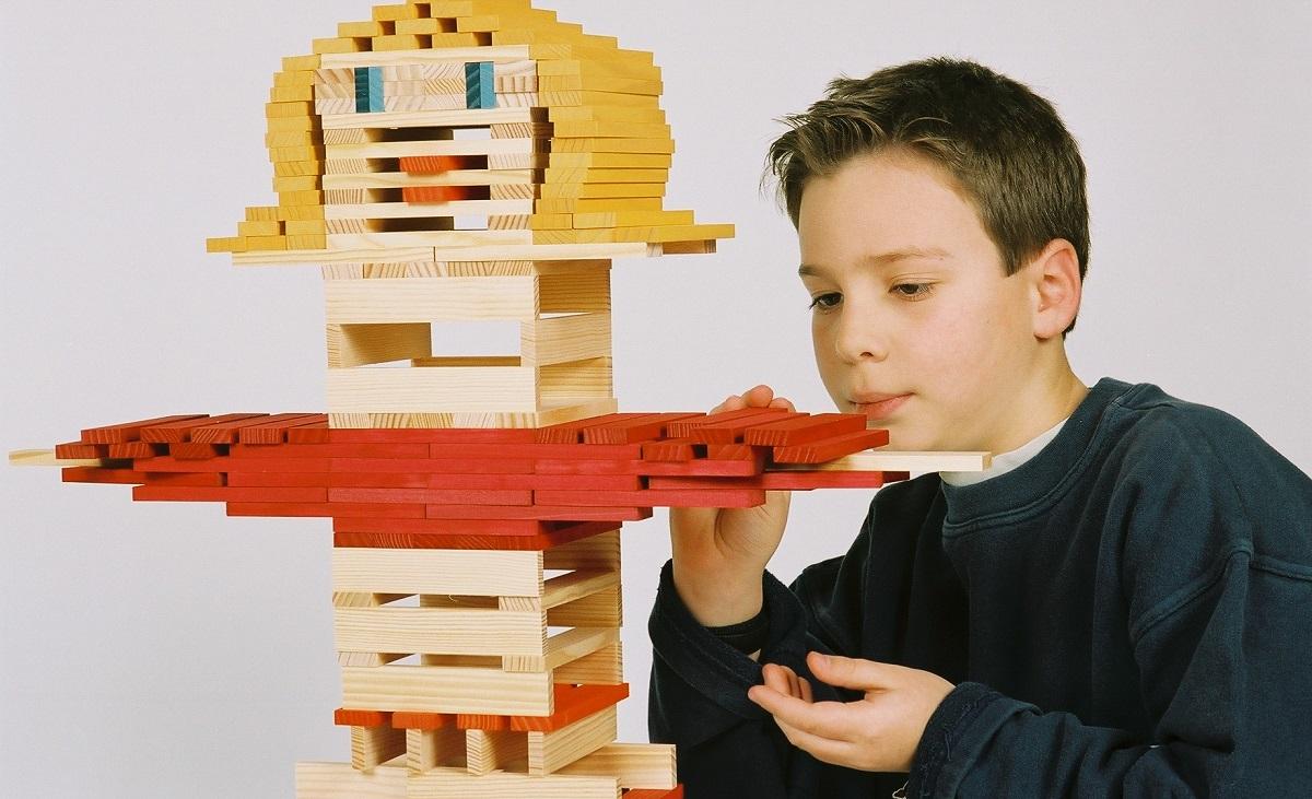 論理的思考力・創造力・集中力を鍛えるKAPLA®ブロック5