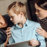 「ハイパーペアレンティング」な親が急増中! 子どもを疲弊させる親がしていること4つ