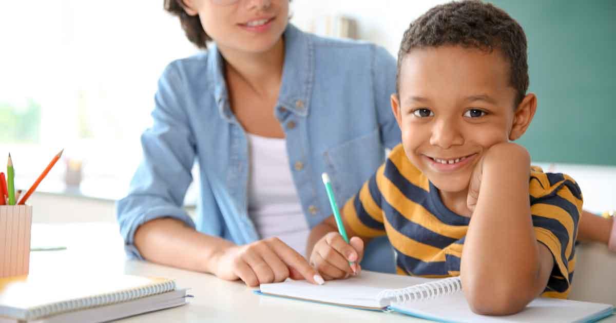 小学生の「作文が苦手…」を克服する4つの方法