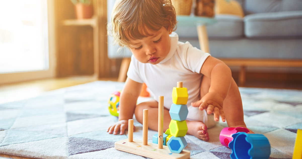 【年齢別】成長に合わせたおもちゃの選び方。お子さまのどんな力を伸ばしたい?