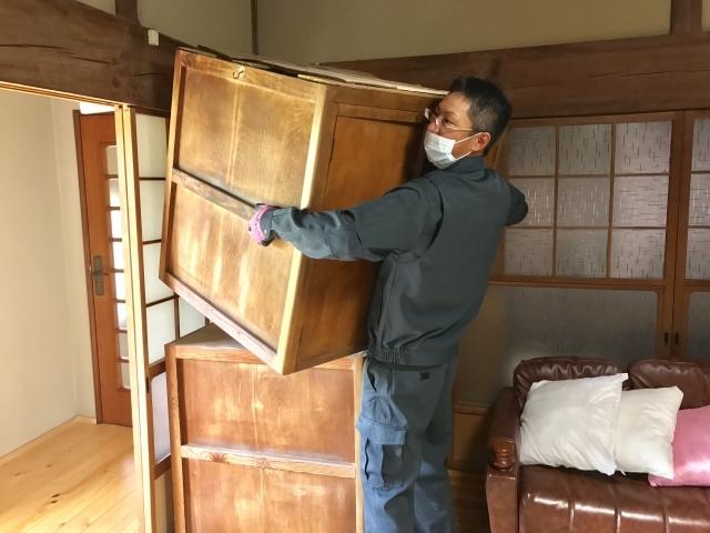 遺品整理と特殊清掃