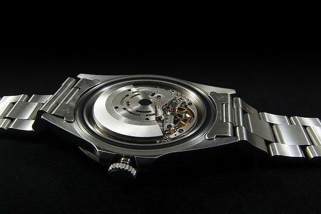 size 40 abe87 96928 ロレックスの腕時計に必要なオーバーホールの値段と修理、交換 ...