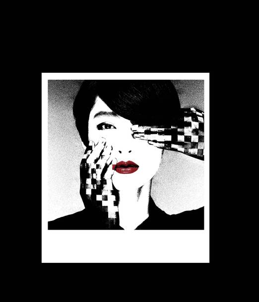 『YOHJI YAMAMOTO +NOIR(ヨウジヤマモト プリュスノアール)』コラボTシャツ画像