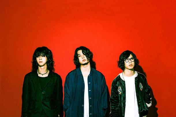 SIX LOUNGE Photo by Keiichiro Natsume