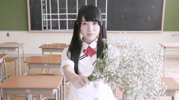 「かすみ草の花束を」MVキャプチャ