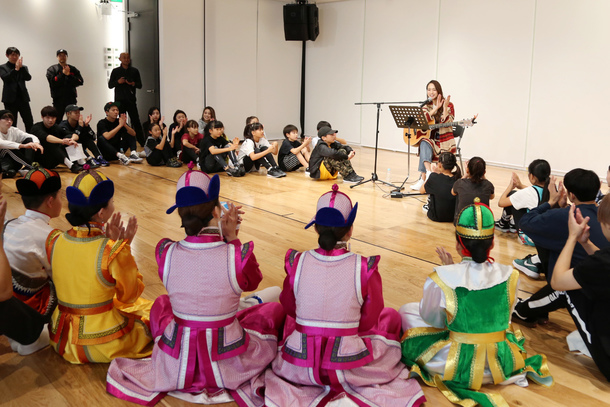 11月12日@モンゴル児童保護施設「太陽の子どもたち」
