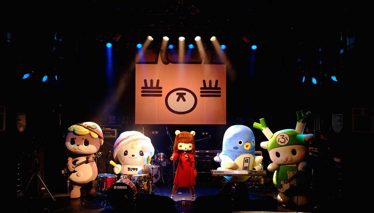 12月14日@渋谷WWW 写真提供:日本クラウン