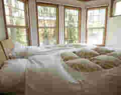 2BDR Cabin Type A