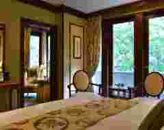 Deluxe Room B Type with Jacuzzi Bath