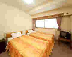 Standard Twin/Triple Room