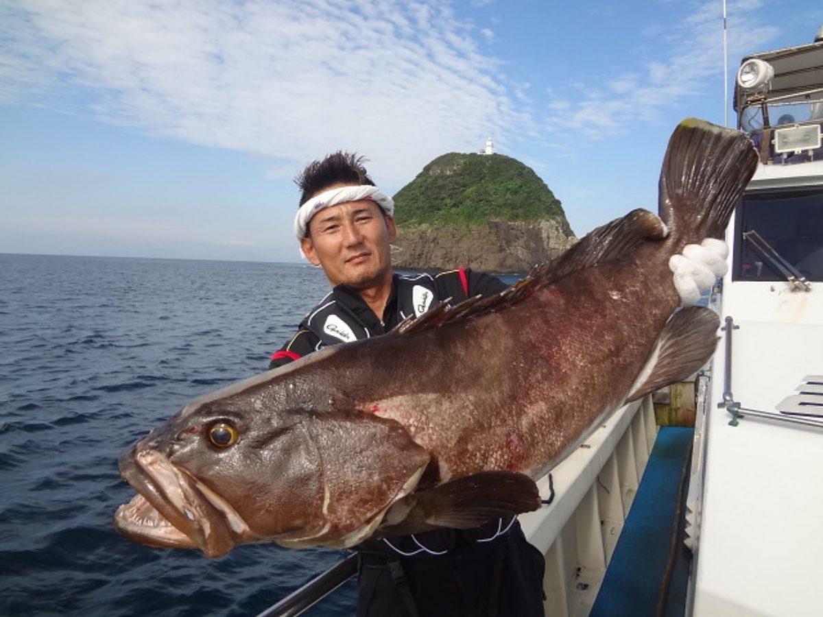 幻の巨大高級魚「あら(クエ)」を思う存分喰らう!! 鮮度抜群「平戸 ...