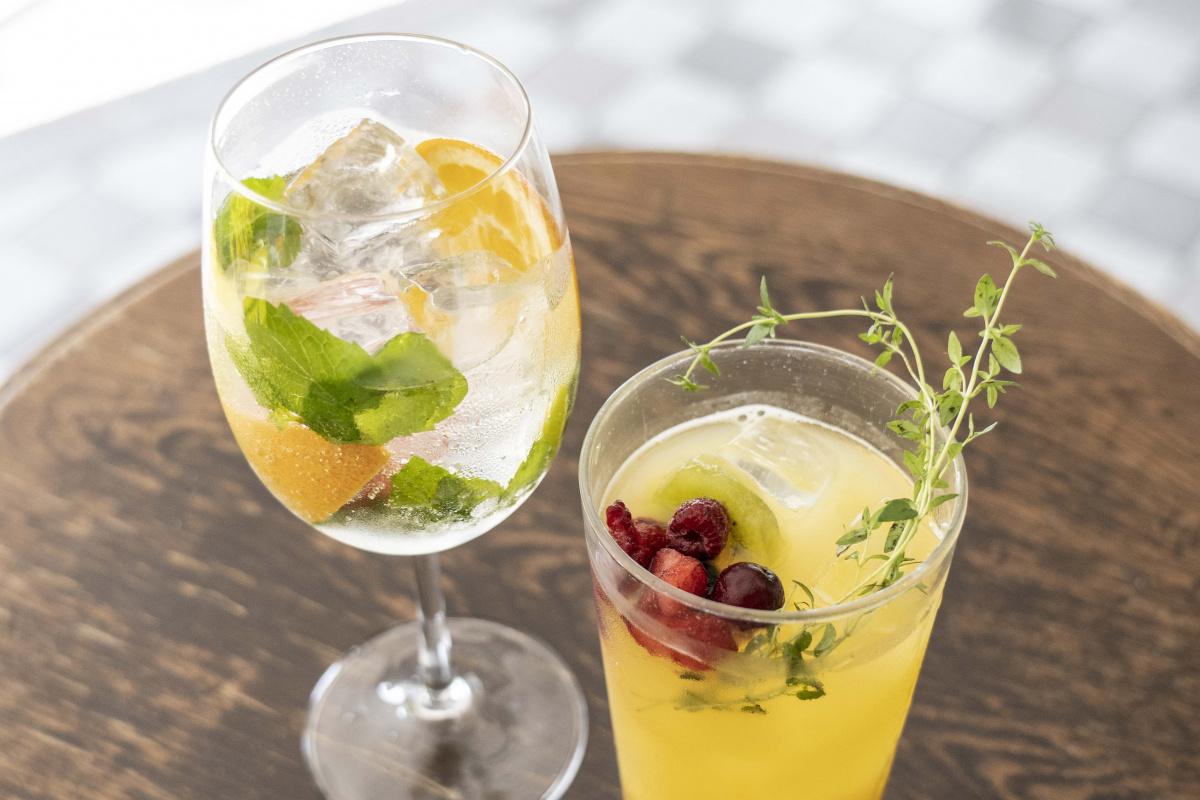 暑すぎる今年の夏、「モクテル」がオンライン飲み会の主流になる!
