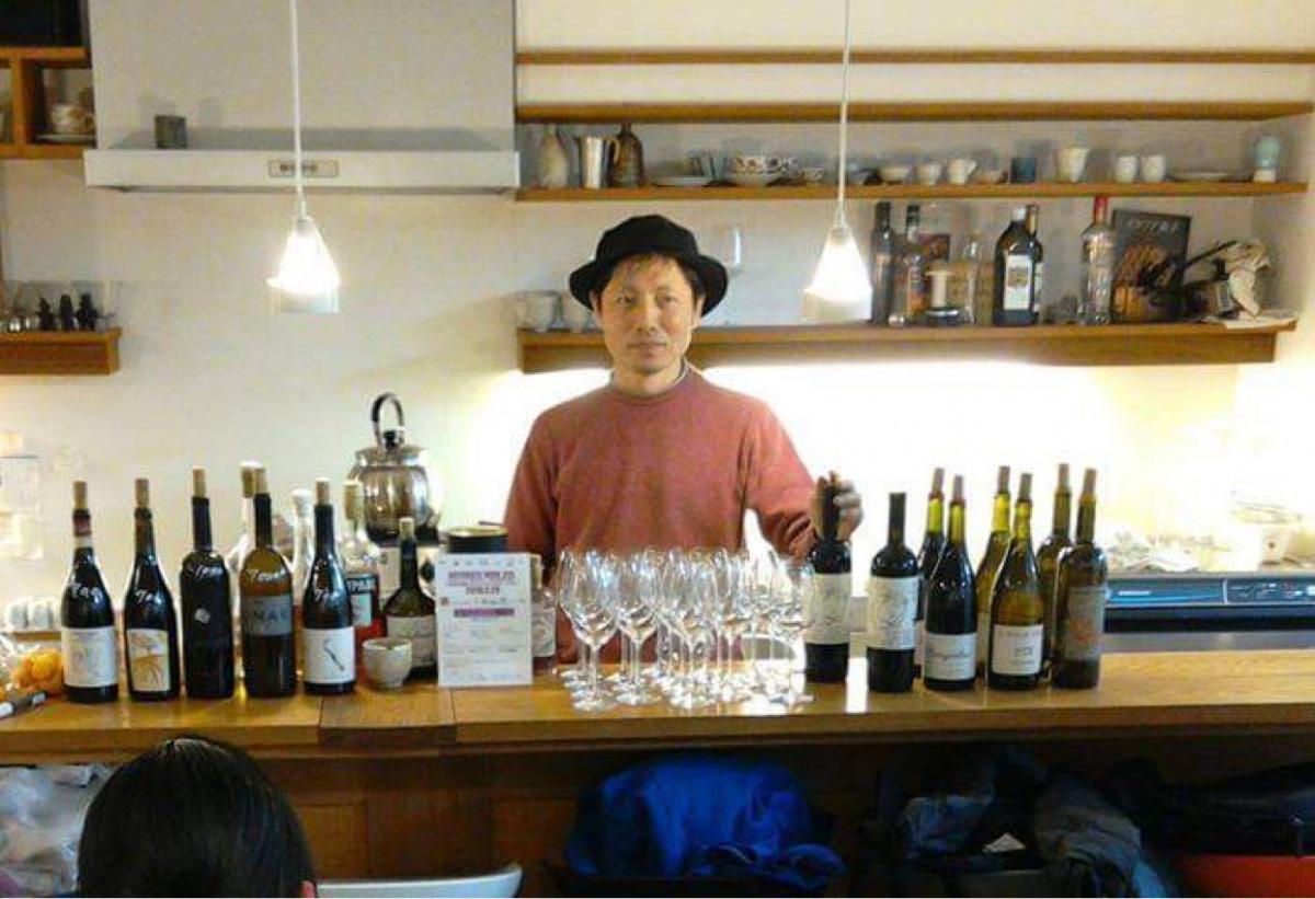 自然派ワインの御朱印帖「御酒vin帖」を持って、東京の48名店を巡ろう。