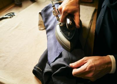 宅配便で、スーツやコートの水洗いクリーニングを試してみる。 【コロナに負けるな! いまだからできること #9】