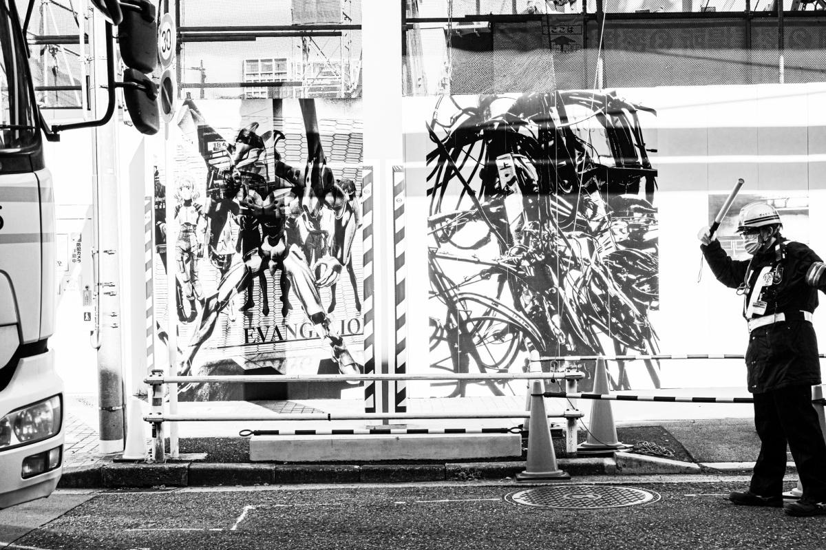 新宿の工事現場のフェンスが、森山大道の写真ギャラリーに! 行って記録してきました。