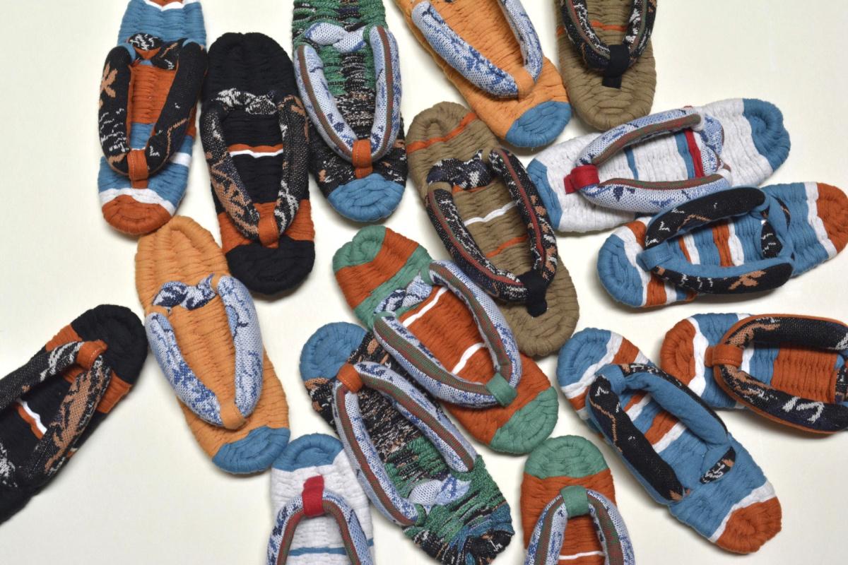 モダン履物の店を、4月の京都にオープンする決意に心惹かれて。