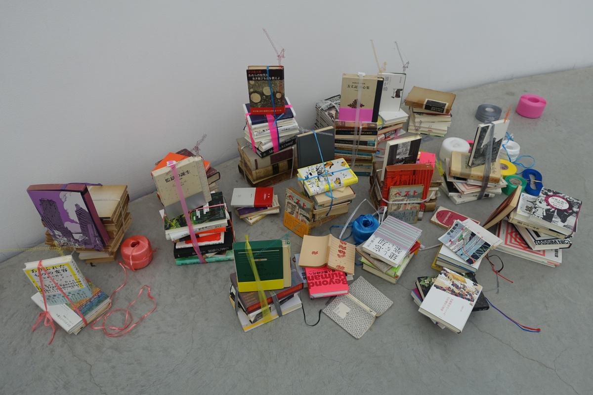 """金沢21世紀美術館で開催中。アーティストが捉えた""""新しい日常""""を見る"""