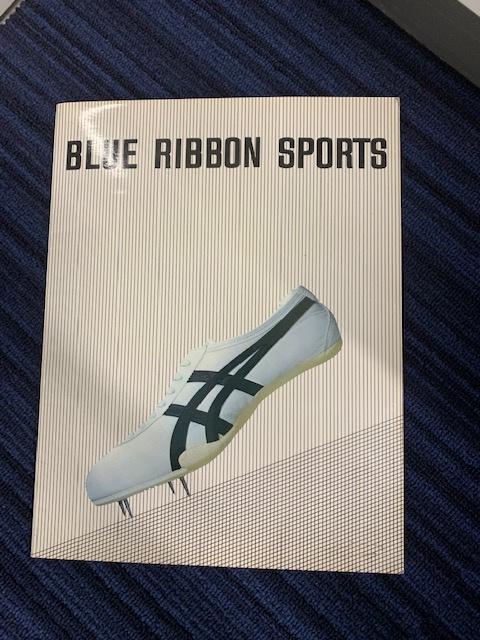 スニーカー好きなら、「ブルーリボンスポーツ」の文字を見ただけで心が躍る。