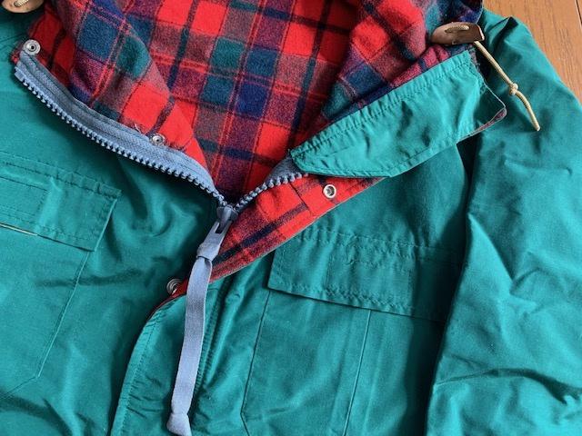 一周回ってこの秋は、ローテクなマウンテンパーカが着たい。