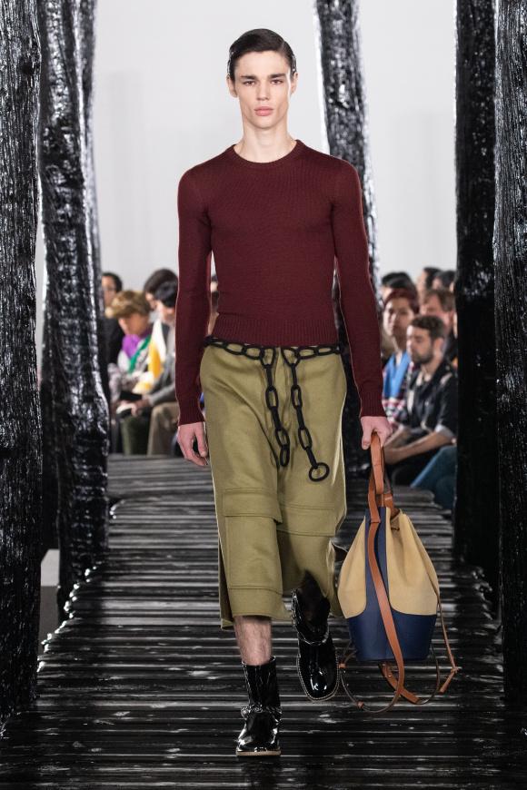 人気のバルーンバッグの メンズ版が新登場。