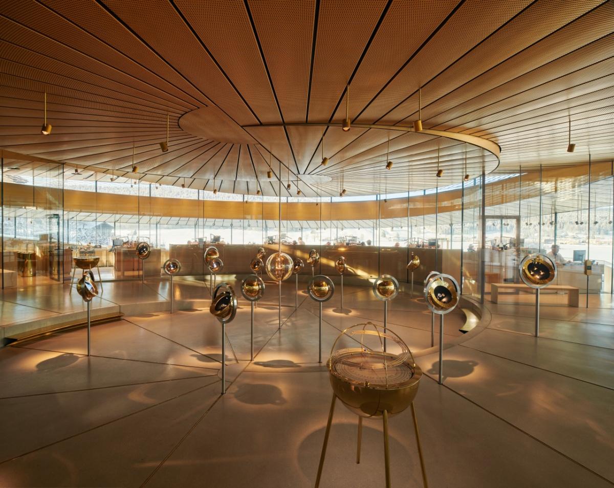 現代的なミュージアムが、伝統と革新を体現する。