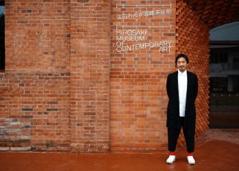 記憶を継承し、未来をつくる。建築家・田根剛が語る「弘前れんが倉庫美術館」【ケンチクのこれから VOL.1】