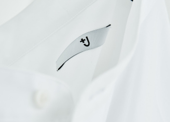 復活した「+J」にデザイナー、ジル・サンダーがかける想いとは? 注目アイテムも一挙に紹介!