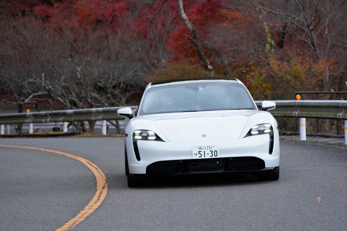 スポーツカーの未来が見えた! ポルシェ初のEV「タイカン」試乗レポート