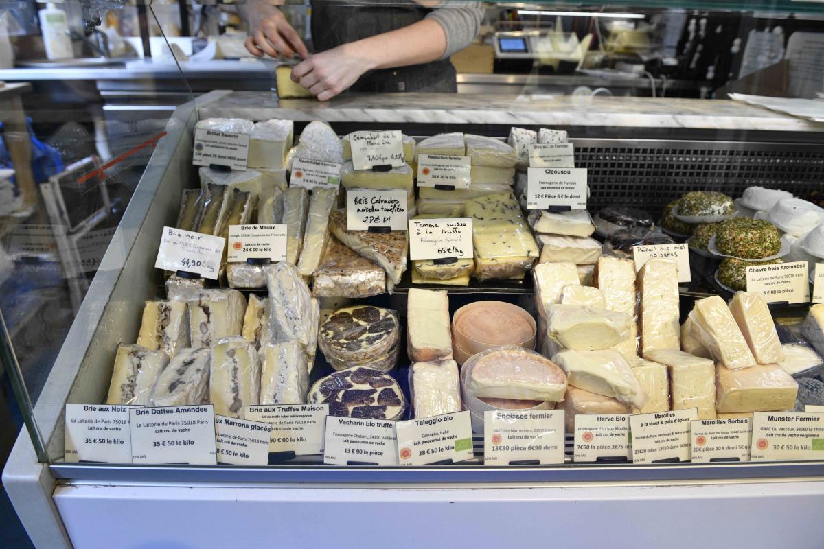 メイド・イン・パリのチーズはオリジナルアレンジも自慢。|ラ・レトリ・ドゥ・パリ