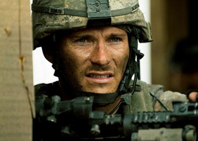 アフガン紛争で最も過酷な、米軍対タリバンの戦いを描いた映画『アウトポスト』