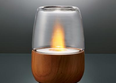 ステイホームを癒やす、 ランタン「リフル」の木の温もりと炎のゆらぎ。