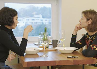 恋愛映画の名手ホン・サンス監督による、結婚と愛をめぐる会話劇『逃げた女』
