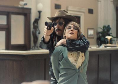 被害者が犯人に協力した 心の動きを描き出す、『ストックホルム・ケース』