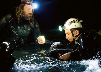 洞窟からサッカー少年を救え! 世界が注目した救出劇の舞台裏。
