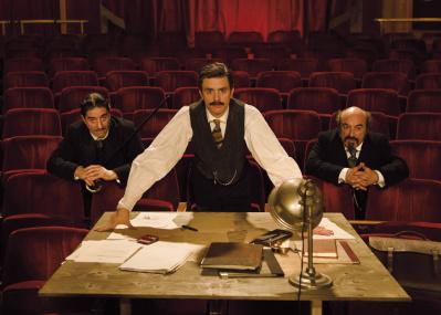 有名戯曲の誕生秘話に迫る『シラノ・ド・ベルジュラックに会いたい!』は、 舞台愛あふれるコメディ