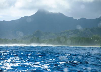 伝統のポリネシア文化と最新テクノロジーが共存、写真家が薦めるクック諸島の暮らしとは?