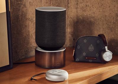 ベルルッティ×バング&オルフセンのコラボ! べェネツィアレザーとテクノロジーの魅惑の融合