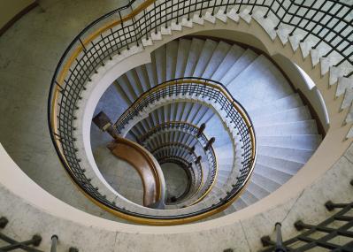 フィンランドのモダニズムの原点を築いた建築家・エリエル・サーリネンの展覧会が開催