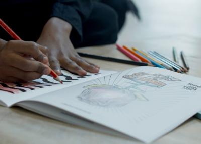 【 コロナと闘う! アメリカのアート界最新事情 #01】 居場所と食事を失ったデトロイトの子どもたちを、アートの力で救え!