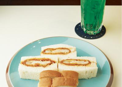 クリームソーダにハンバーグ……。蒲田で「昭和」を味わい尽くす4軒。