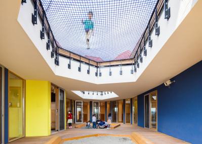 こんな保育園を待っていた! チームラボの建築集団が「情報社会」を生きる子どものためにつくった最新空間とは。